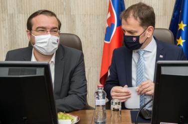 Romlik a helyzet, ezért alig tud kedvező hírt mondani az egészségügyi miniszter