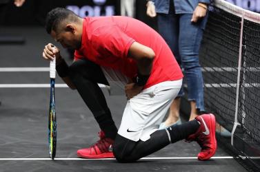 Drága önkielégítés: masztizást színlelt a teniszező egy palackkal, 15 ezer eurója bánta