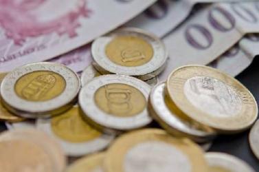 Tovább gyengül a forint, akár tisztán 310 forintot is kaphatunk egy euróért
