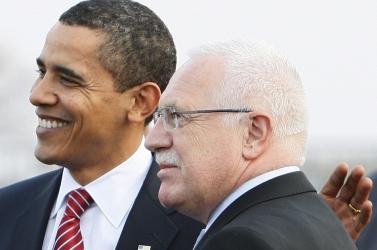 Barack Obama megérkezett Prágába
