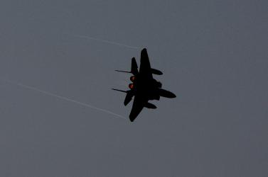 Magyarországon keresztül csempészett volna vadászgépet Iránba!