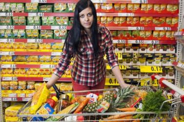 Híd: Egyes élelmiszerek áfakulcsának 10 százalékra való csökkentése csak marketingfogás