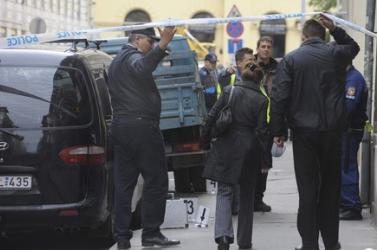 Rálőtt egy taxisra a kormányőr