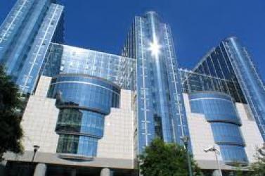 Jóváhagyták az EU-miniszterek a pénzügyi felügyeleti csomagot