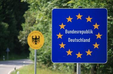 Németországban visszaállították a határellenőrzést!