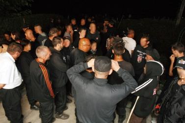 Éjjeli masírozással köszöntötte a nemzeti ünnepet a szélsőjobb