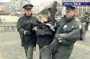 Pozsony: Elengedték a kedden elhurcolt kazah újságírónőt
