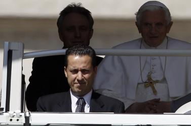 Kezdődik az évszázad pere Vatikánban – kiteregetik a klérus szennyesét?