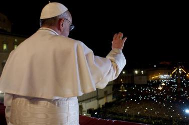 Erdő Péter szerint az új pápa máris példát mutatott, Fico pedig már meg is hívta