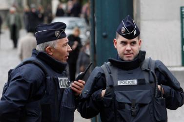 Párizsi vérengzés: Eljárás indult két feltételezett segítő ellen