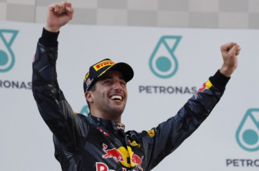 Forma-1 -Ricciardo a szezon végén otthagyja a Red Bullt