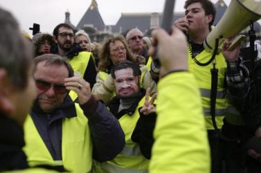 A franciák többsége már nem támogatja a sárgamellényesek tüntetéseit