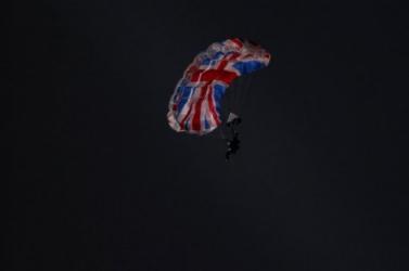 Halálra zúzta magát az olimpiára James Bondként pottyanó kaszkadőr