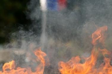 Szlovák trikolort égettek Tbilisziben!