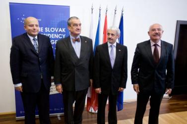 Újabb közös V4-es külképviseletek nyílnak
