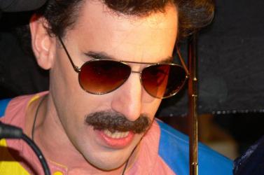 Boratból lesz Freddie Mercury