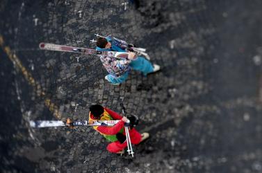 Síelni és snowboardozni fognak Budapest belvárosában