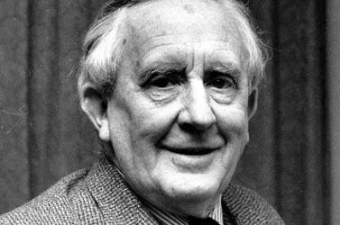 Először jelent meg magyarul J.R.R. Tolkien első prózai műve