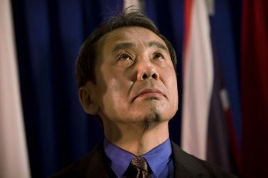 Nobel-díj: Az írók közül Murakami Haruki a favorit, Nádas Péter harmadik