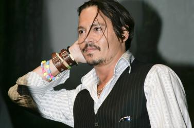 Életnagyságú Johnny Depp szobor lesz a Kusturica-faluban