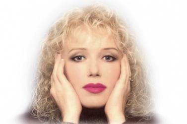Kiadják a tragikus sorsú énekesnő életrajzát