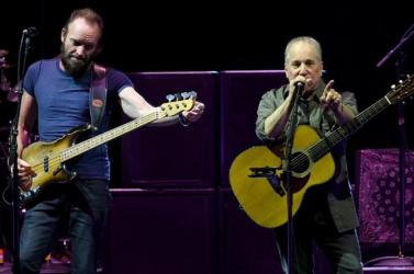 Európában koncertezik Sting és Paul Simon