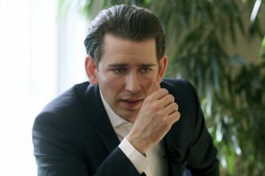 Az osztrák kancellár szerint a civilizáció és a barbárság küzdelmének vagyunk a szemtanúi