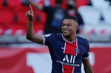 A Paris Saint-Germain világbajnok labdarúgója kitálalt: először beszélt arról, hogy nyáron távozni akart