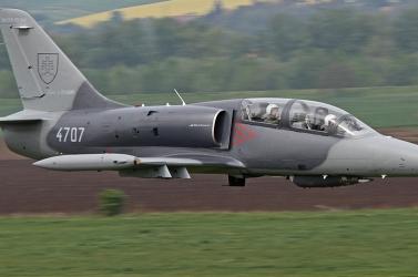 Lezuhant egy katonai gyakorlógép Sliač és Kováčová között