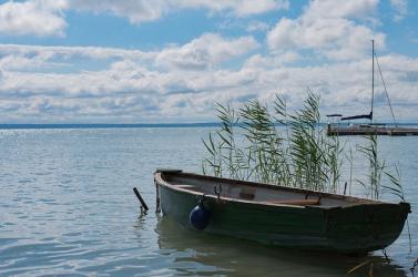 Egy férfi elaludt a gumimatracon - belefulladt a tóba