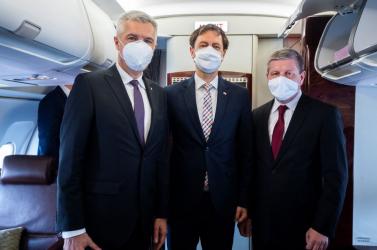 Matovič órákon át szapulta, de az egészségügyi miniszter kiállt avakcinákat vizsgáló főhivatalnok mellett