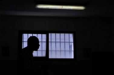 Terrorcselekmény gyanújával vették őrizetbe azt a férfit, aki azinterneten dicsőítette a tanárgyilkosságot