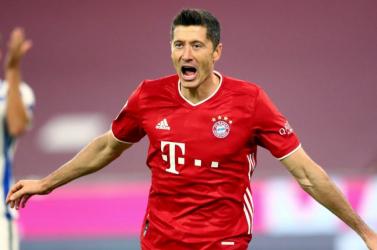 Lewandowski már harmadik az örökranglistán