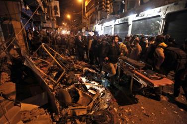 Öt perc alatt két öngyilkos robbantás egy bejrúti kórház közelében - rengeteg halott!