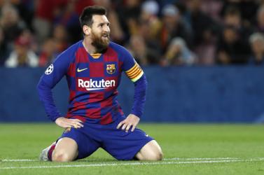 Messi ismét a Barcelona vezetőségét bírálta amiért megváltak Suáreztől