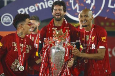 Kirabolták Fabinho házát, mialatt ő a Liverpool bajnoki címét ünnepelte