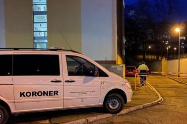 Egy éjszaka alatt két fiatal is kizuhant a diákszálló ablakán, egy lány életét vesztette