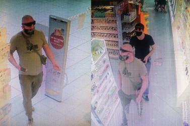 Drogériából lopott ez a két fickó, segítsen őket megtalálni! (FOTÓK)