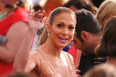Jennifer Lopezt és Antonio Banderast díjazták a filmkritikusok
