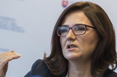 Lubyová el akarja terelni a figyelmet a gyanús kutatási támogatásokról?