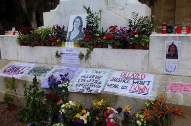 Európai Parlament: a megölt újságíró miatt távozzon a kormányfő!