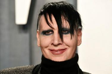 Elfogatóparancsot adtak ki Marilyn Mansonellen
