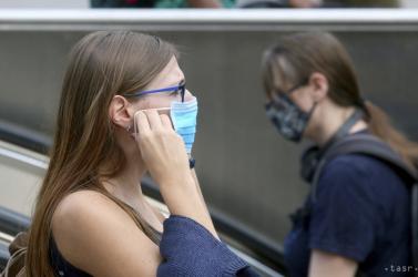 Börtönbe kerülhet a nő, aki maszk nélkül ment be egy győri üzletbe és erőszakoskodott