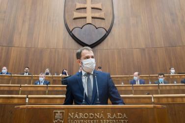 A parlament bizalmat szavazott a Matovič-kormánynak, 93 képviselő támogatta a kormányprogramot