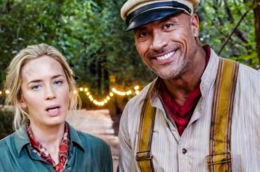Dwayne Johnson és Emily Blunt szuperhősfilmben szerepel