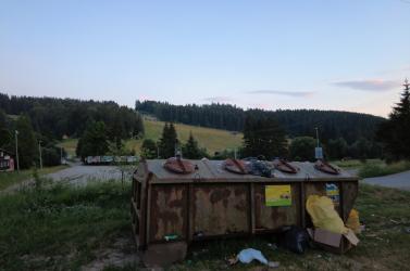 Elaltattáka problémásmedvét, amely hónapok óta kószálta Jasenská völgyben