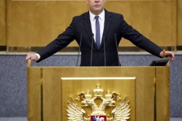 Az orosz kormányfő szerint az EU-nak kellene fegyvernyugvást hirdetnie Moszkvával szemben