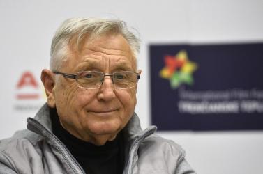 Elhunyt Jiří Menzel