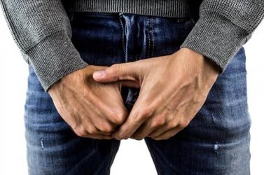 Merevedési zavarok jelentkeztek férfiaknál, akik leküzdötték a koronavírust