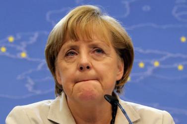 Merkel óva int a könnyelműségtől a járvánnyal szemben